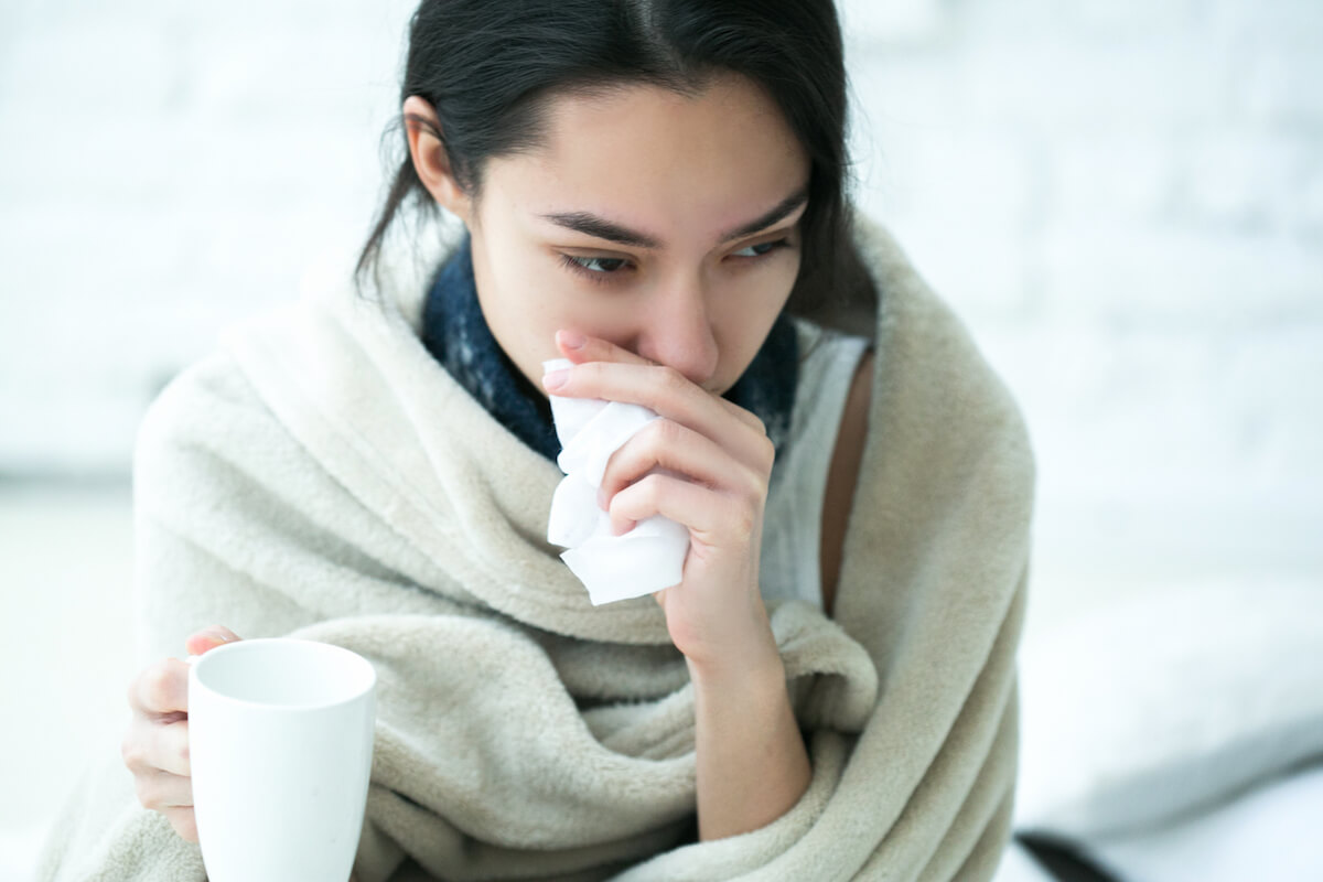 Erkältete Frau ©shutterstock.com/Irina Bg