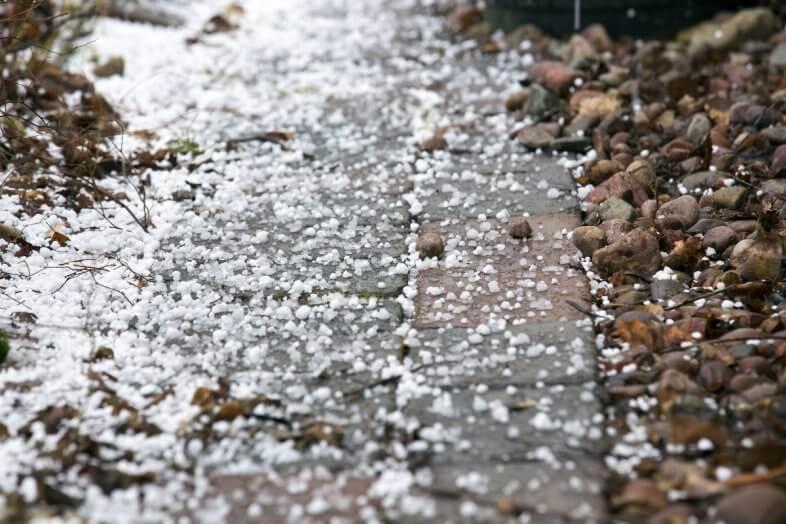 Schnee, Hagel und Graupel