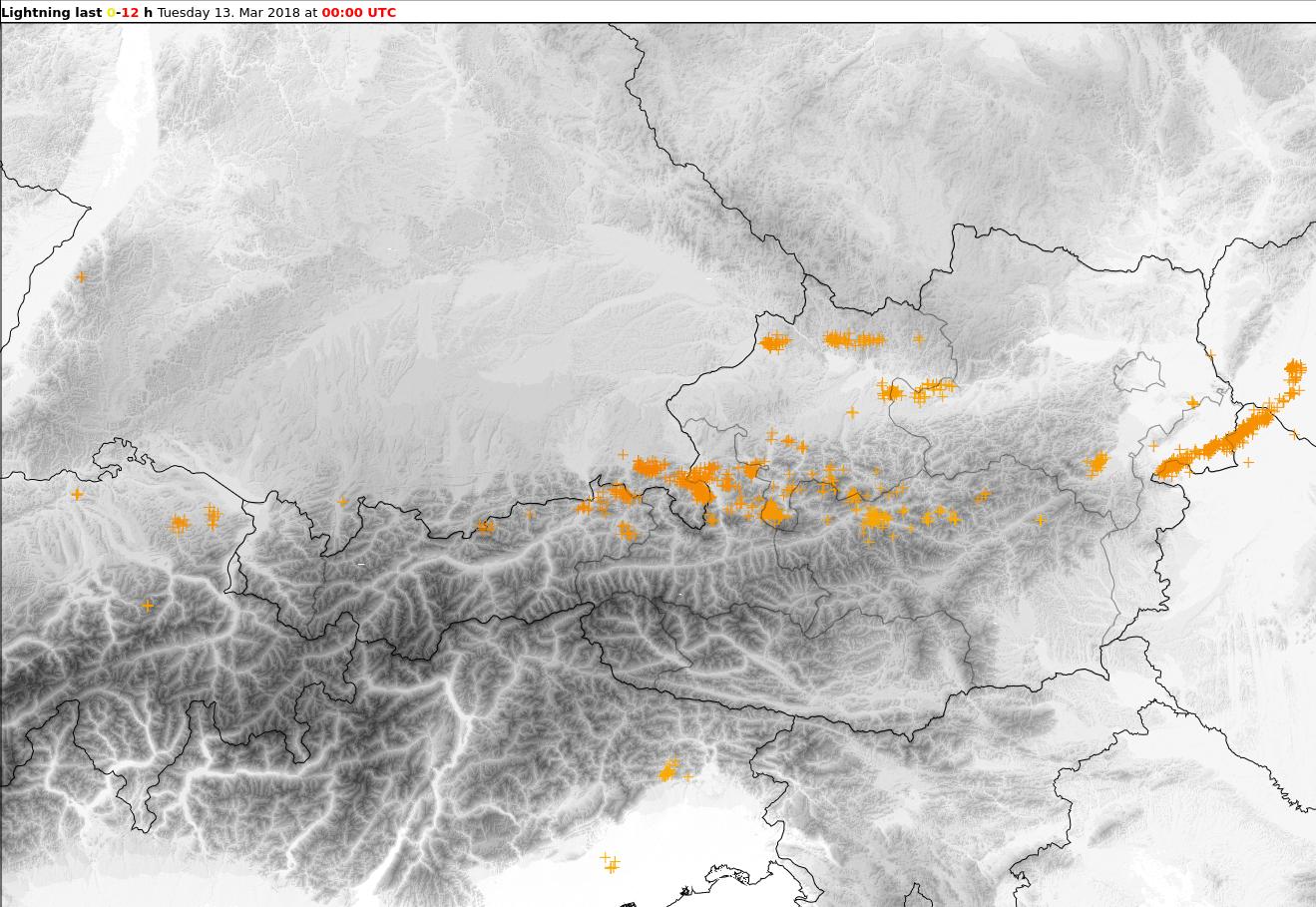 Blitzentlandungen am Montagnachmittag und -abend. © nowcast / UBIMET