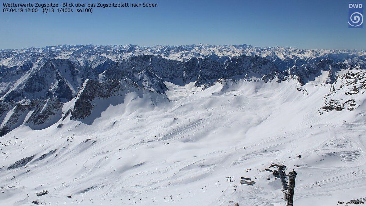 Zugspitze am Samstag um 12 Uhr. © foto-webcam.eu