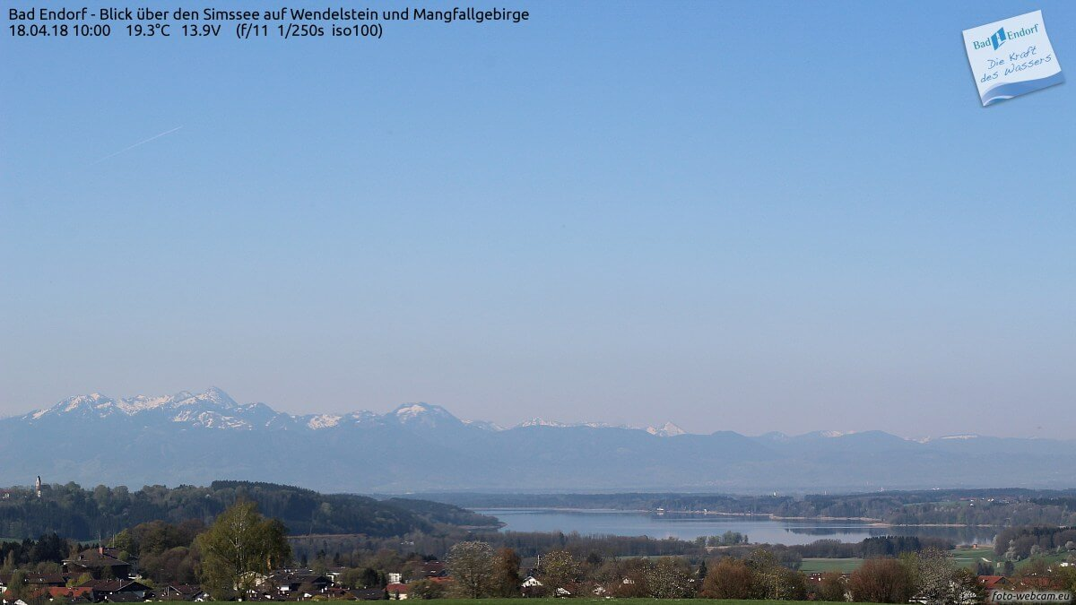 Strahlend blauer Himmel über Bayern © https://www.foto-webcam.eu/webcam/bad-endorf