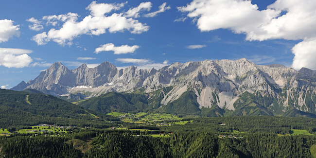 Foto: Dachstein Sommerlandschaft, © photo-austria.at, Hans Peter Steiner, Ramsau am Dachstein