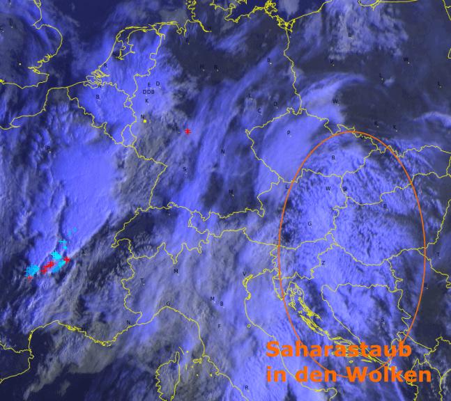 Satellitenbild mit Blitzen am Mittwochmorgen. © EUMETSAT/nowcast/UBIMET