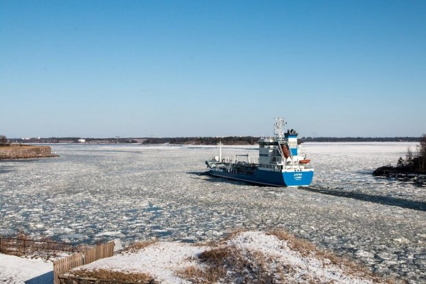Auf der Ostee in Finnland braucht es noch immer einen Eisbrecher © pixabay