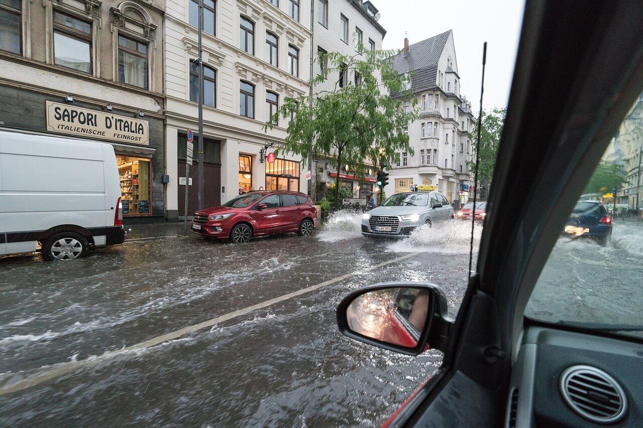 Gewitterregen bringt Überschwemmungen © pixabay