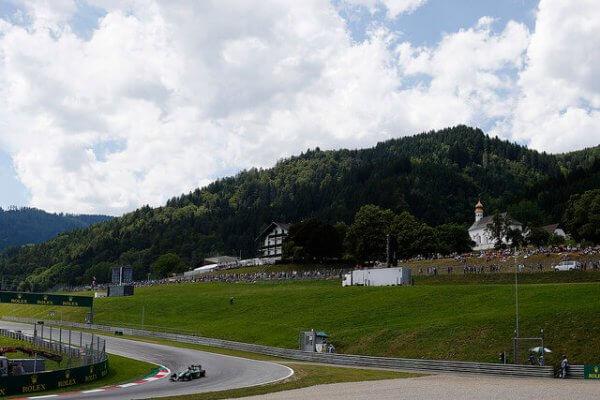 Sonne und Wolken beim F1-Rennen in Spielberg.
