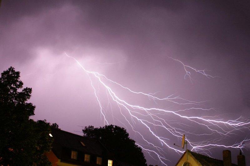 Blitze über Erding