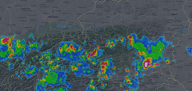 Das kräftige Gewitter am Montagnachmittag südlich von Graz. © AustroControl / UBIMET