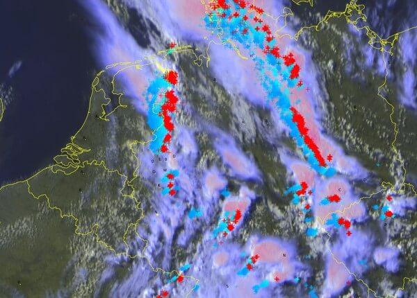 Satellitenbild 17:30 Uhr ©UBIMET/EUMETSAT