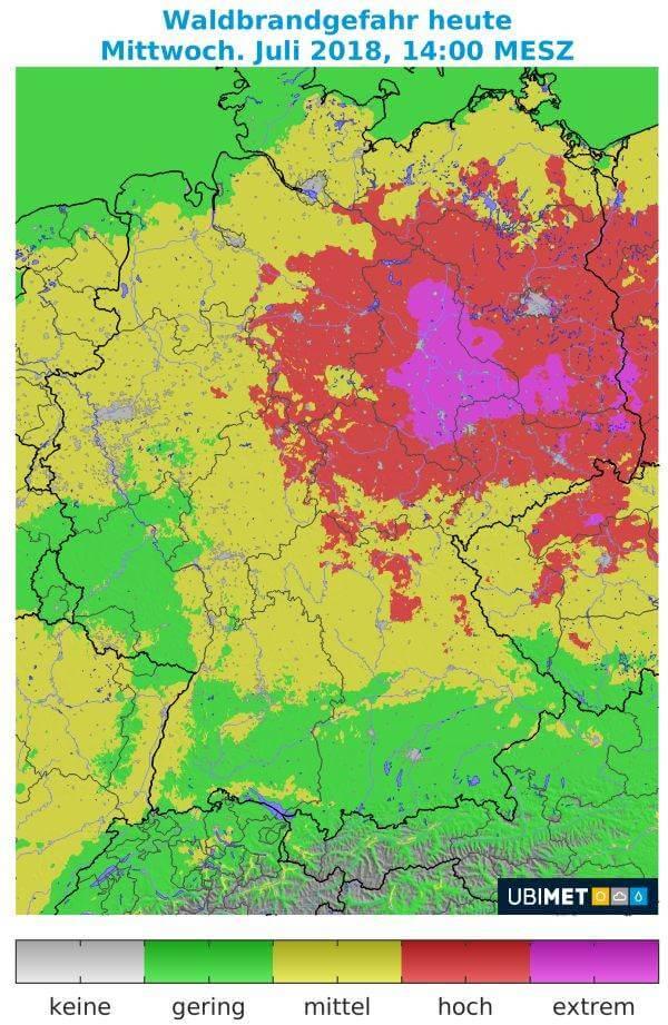 Im Norden besteht eine hohe Waldbrangefahr, im Süden gibt es dagegen Gewitter.