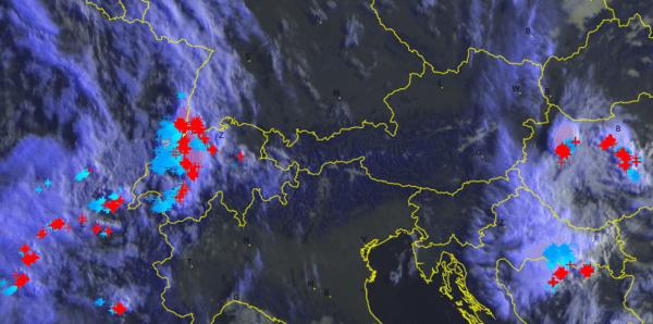 Satellitenbild von 8 Uhr