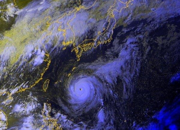 Der Supertaifun Maria nimmt Kurs auf Taiwan.