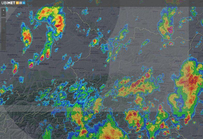 Radarbild um 16:45 Uhr MESZ - Quelle: UBIMET, Austrocontrol