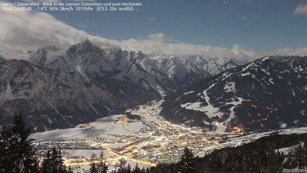 Aufnahme der Foto-Webcam oberhalb von Lienz am 16.02.2014 © https://www.foto-webcam.eu/webcam/lienz