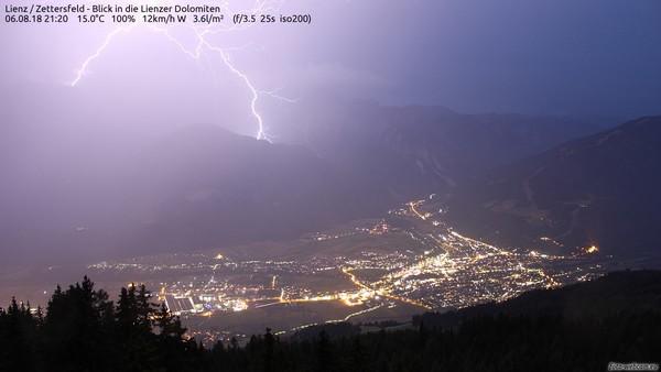 Kräftige Gewitter in den Alpen, wie hier in Lienz