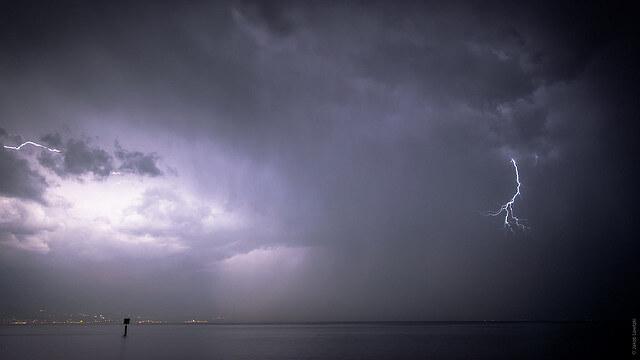 Abendliches Gewitter am Bodensee