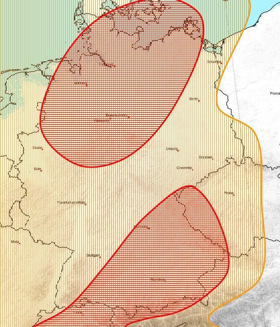 Besonders am Alpenrand und im Norden gibt es kräftige Gewitter.