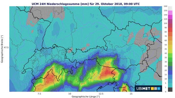 Heftiger Regen kommt auch in den kommenden Stunden hinzu.