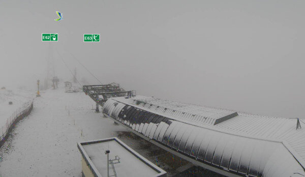 Schneefall im Bergland