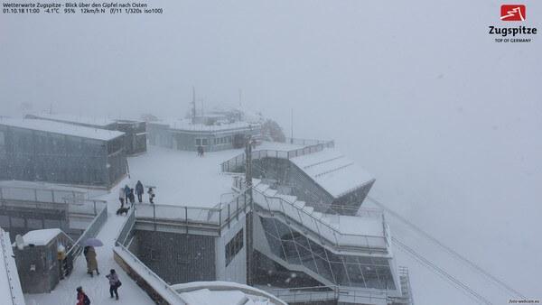 Webcambild von der Zugspitze von Montag, 11:00 Uhr @ https://www.foto-webcam.eu/webcam/zugspitze