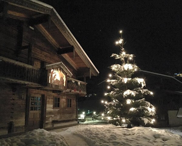 Weihnachtliche Stimmung bei Schnee, 2017 in Kaprun @ Steffen Dietz
