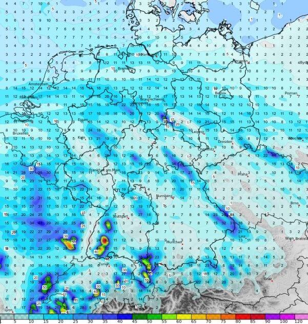 Im Schwarzwald regnet es kräftig