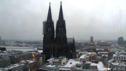 Auch in Köln reichte es für eine dünne Schneedecke