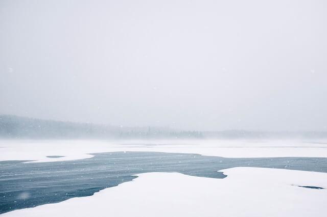 Kälte sorgt für Schnee und Eis