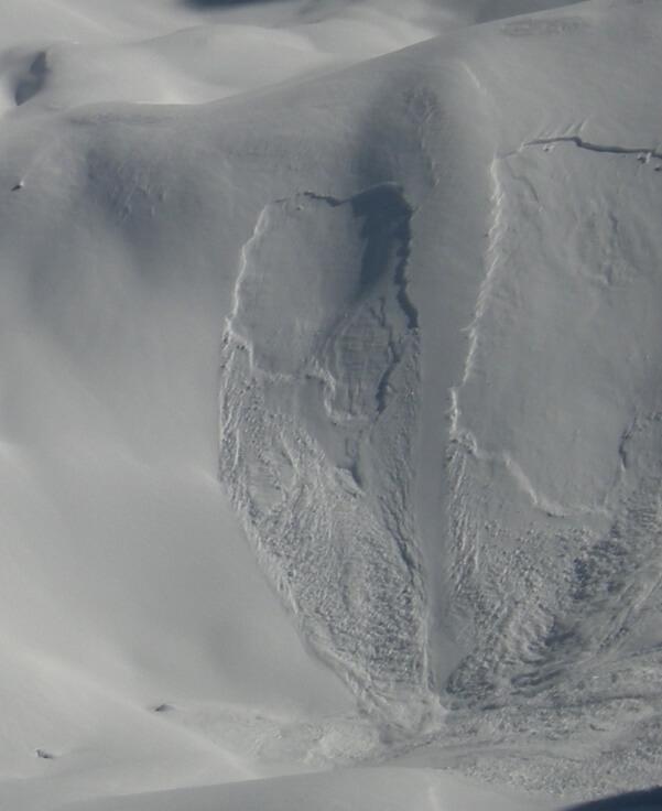Eine Schneebrettlawine. © Nikolas Zimmermann