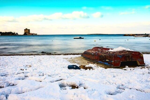 Schnee an der italienischen Adriaküste - pixabay.com / luigimartina