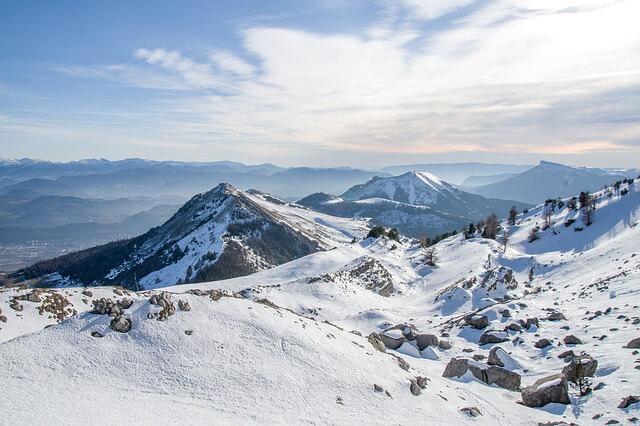 Noch immer ausreichend Schnee in den Bergen.