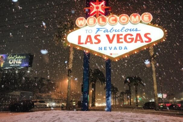 Schneefall in Malibu und Las Vegas