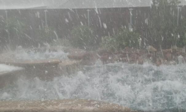 Gewitter bringen starken Hagel in Texas