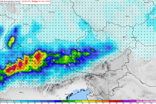 Prognose der 24-stündigen Niederschlagsmenge bis Freitagabend @ UBIMET, DWD