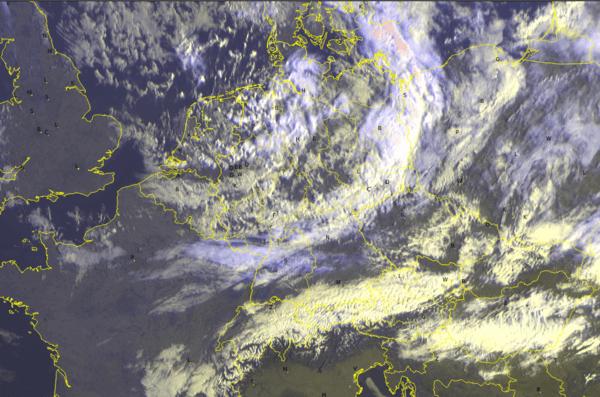 Satellitenbild von 09 Uhr @ UBIMET/Meteosat