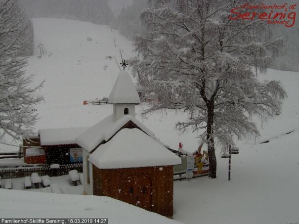 Schneefall in den Karawanken