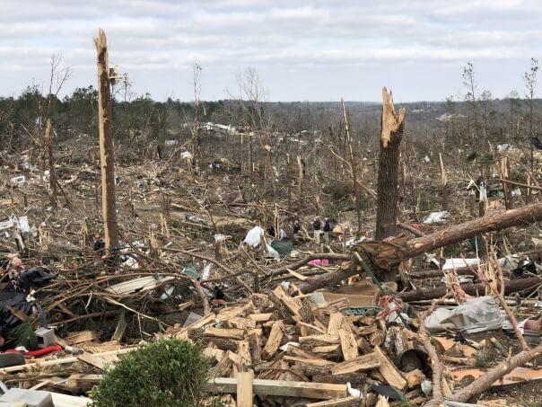 Ein Tornado hat für schwere Verwüstungen in Alabama gesorgt. © CharlesPeek