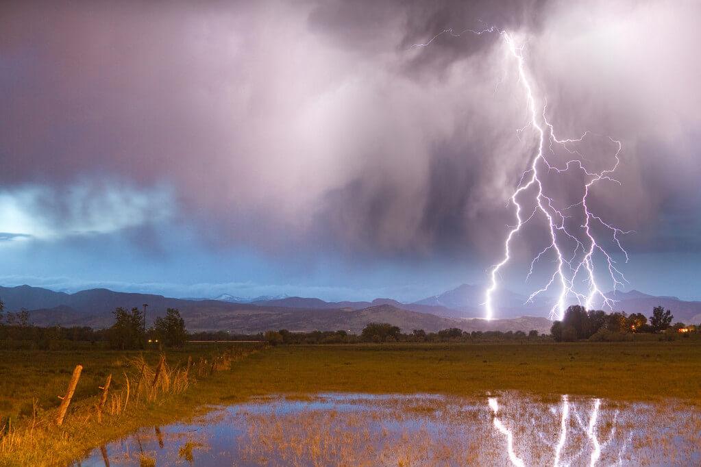 Blitze im Bergland