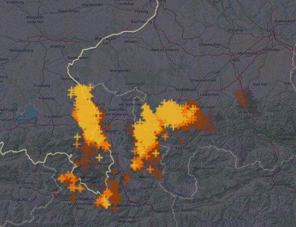 Blitze rund um Salzburg um 16:15 Uhr @ UBIMET, nowcast