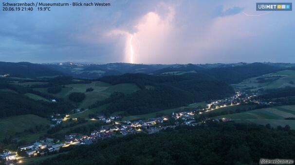 Gewitter mit Blitz