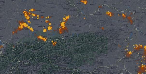 Aktuelle Blitze in Österreich. © UBIMET