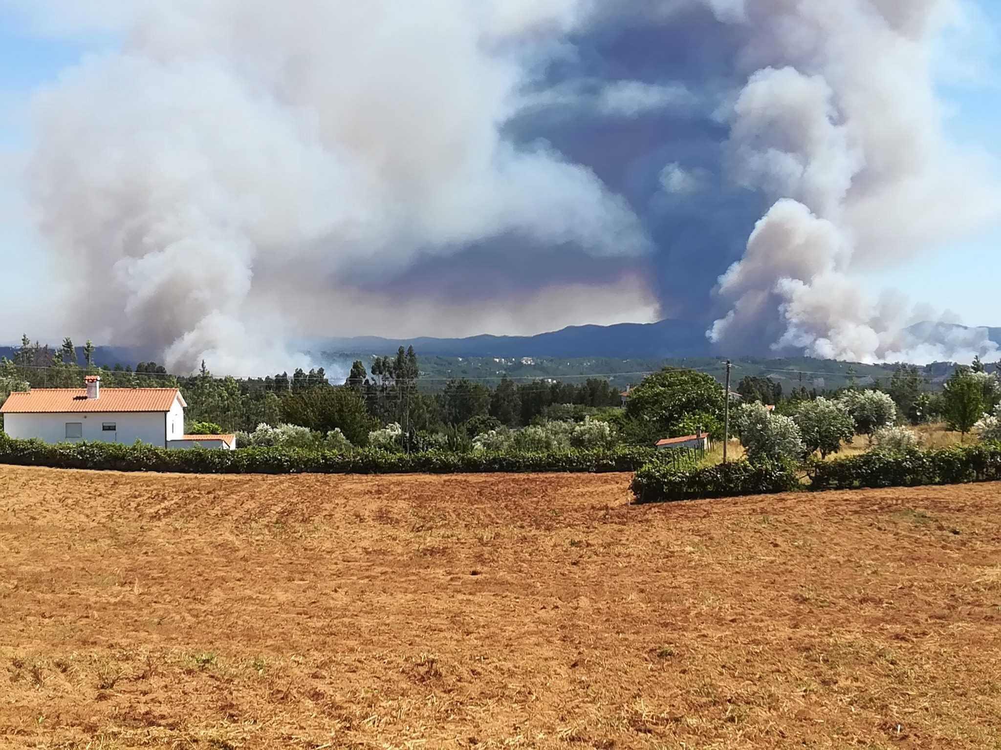 Südeuropa: Etliche kleinere Waldbrände