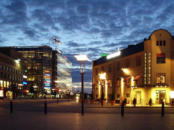 Weiße Nacht in Helsinki.