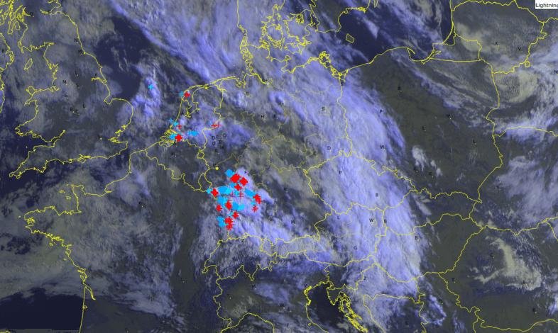 Satellitenbild von Freitagfrüh @UBIMET/METEOSAT