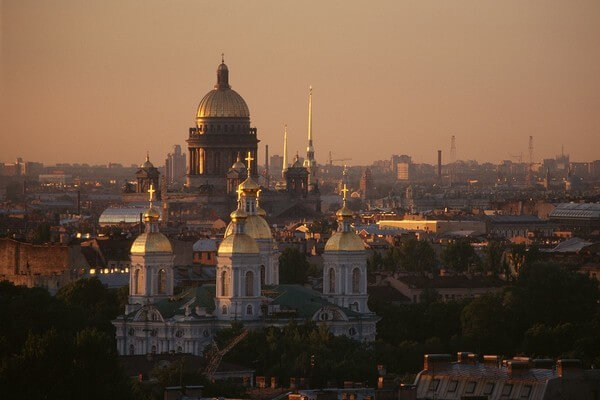 Weiße Nacht in St. Petersburg