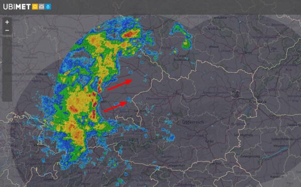 Radarbild von 13:40 Uhr @ UBIMET, Austrocontrol