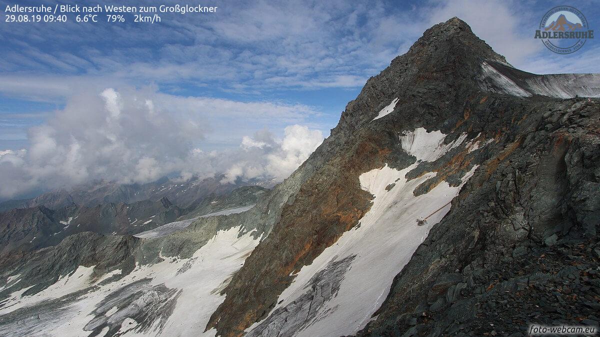 Bild von der höchstgelegenen Webcam Österreichs am Großglockner @ https://www.foto-webcam.eu/webcam/adlersruhe