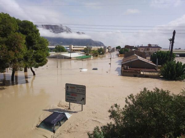 Jahrhundertflut in Südostspanien