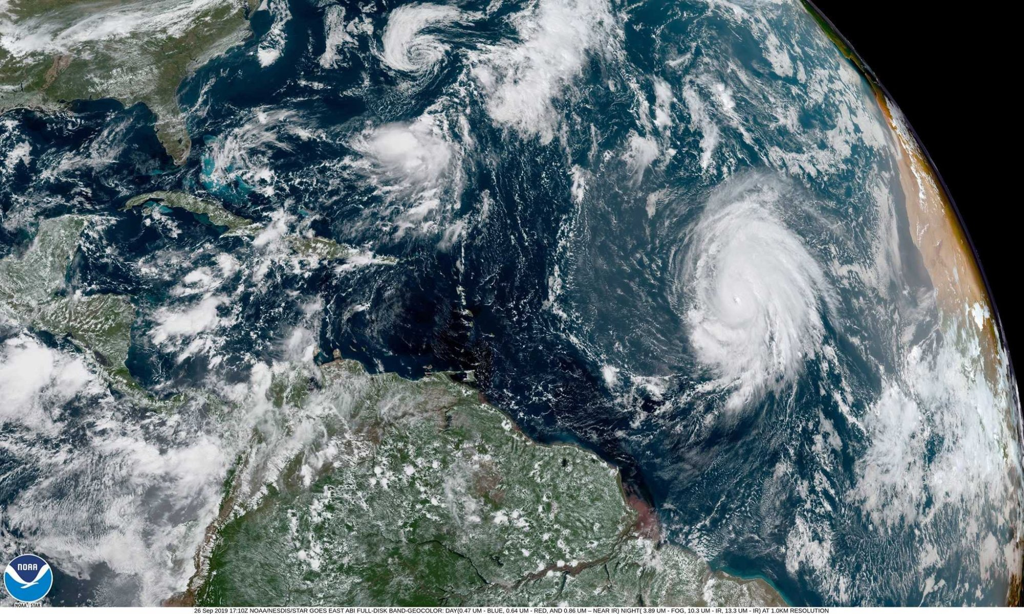 Hurrikan Lorenzo über dem Atlantik.