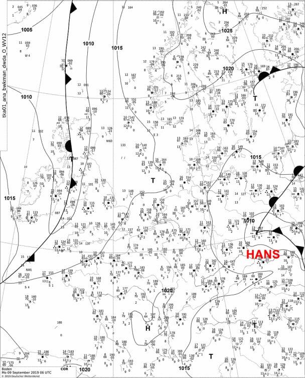 Die aktuelle Bodenwetterkarte. © DWD